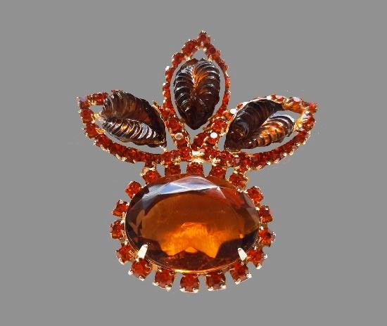 Amber tone glass brooch. Art glass, rhinestones. 6.8 cm. 1960s
