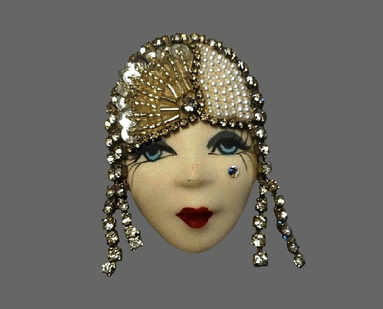 Art Deco face handpainted brooch. Porcelain, rhinestone