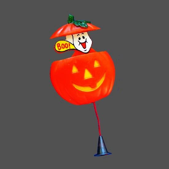 Boo pumpkin Jack O'Lantern pin. 1980s