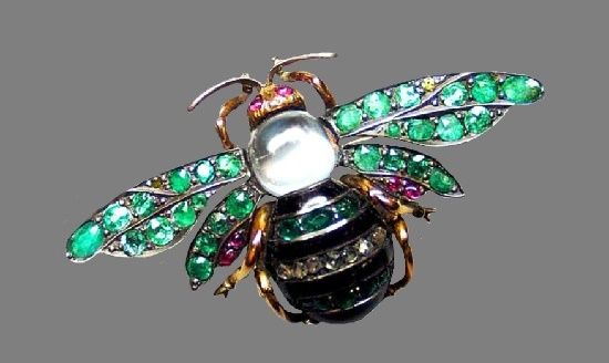 Bumblebee brooch. Gold, silver, diamonds, emeralds, rubies, opal, St. Petersburg, 1904-1908