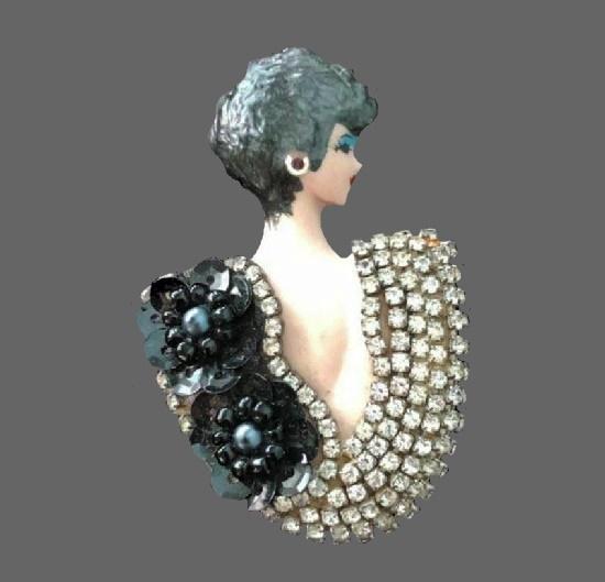 Deco style lady pin. Porcelain, rhinestones, beads, enamel