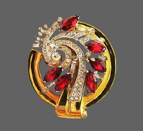 Designed by McClelland Barclay 'Modern' brooch. 6.5 cm. 1940. Yellow and white metal alloys, rhinestones