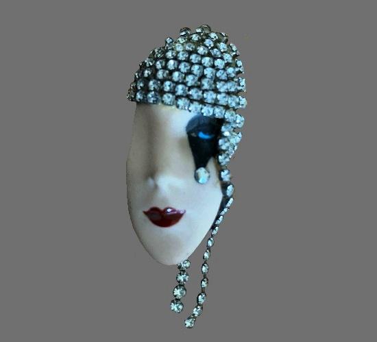 Face brooch. Handpainted porcelain, rhinestones