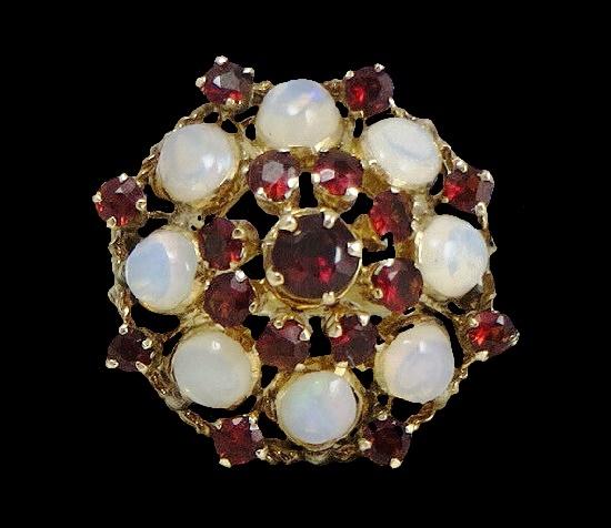 Garnet, opal 14 K gold ring