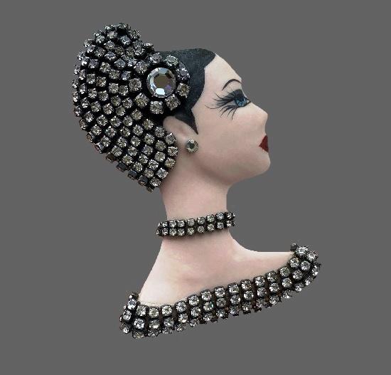 Gatsby girl brooch. Porcelain, enamel, crystals. 8.5 cm. 1970s