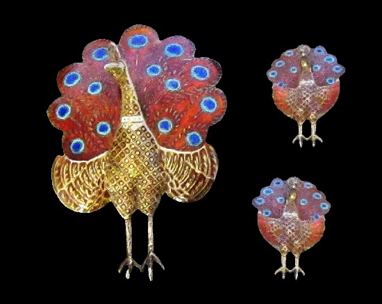 Gorgeous set of Peacock brooch and earrings. Red, white and blue enamel, gold plated, sterling silver