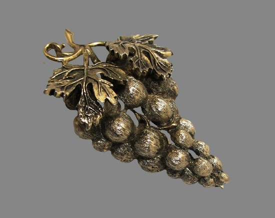 Grape bunch brooch of bronze tone textured metal