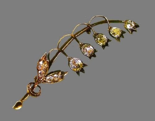 Lily of the valley brooch. Gold, silver, diamonds, sapphire. St. Petersburg, 1899-1903