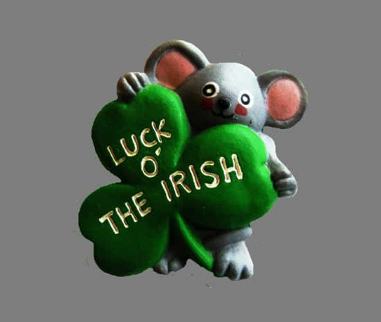 Luck of the Irish shamrock mouse brooch pin