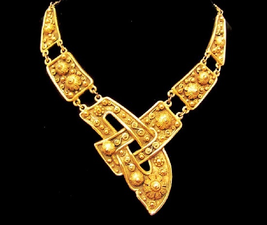 Necklace from Etruscan collection