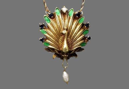 Peacock pendant. Gold, diamonds, pearl, ruby