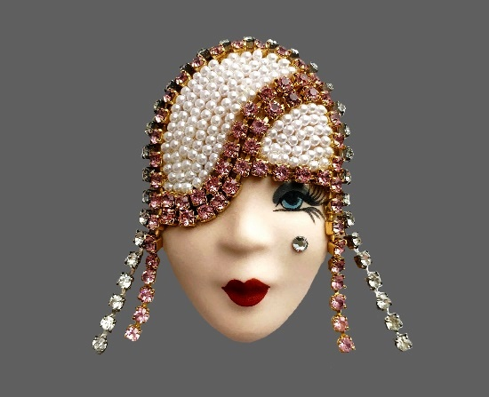 Pearl and crystal porcelain lady's face brooch. 1970s. 7.5 cm