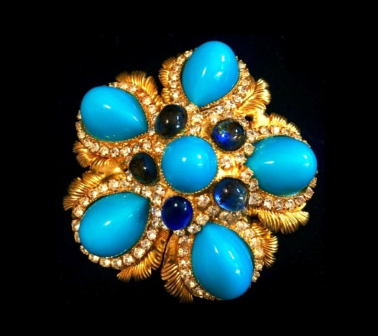 Rare floral design brooch. Turquoise and sapphire glass cabochon, rhinestones