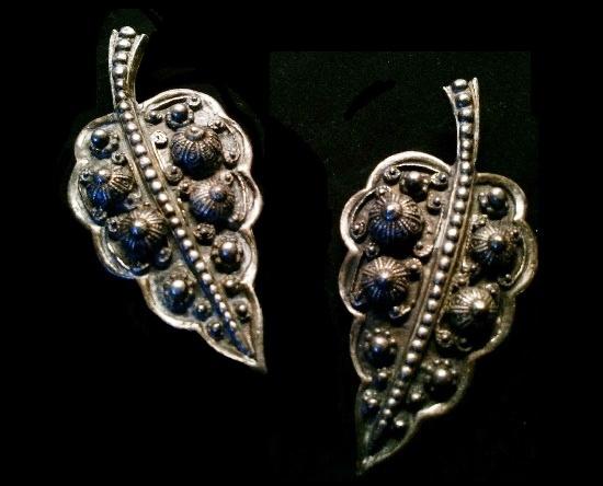 Sterling silver leaf shoe clips