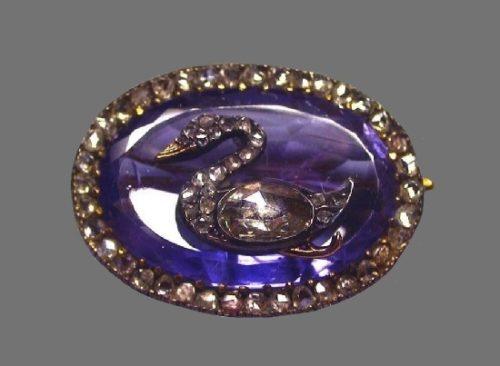 Swan brooch. Gold, silver, diamonds, sapphire. A. Holmstrem's workshop. St. Petersburg, 1899-1903