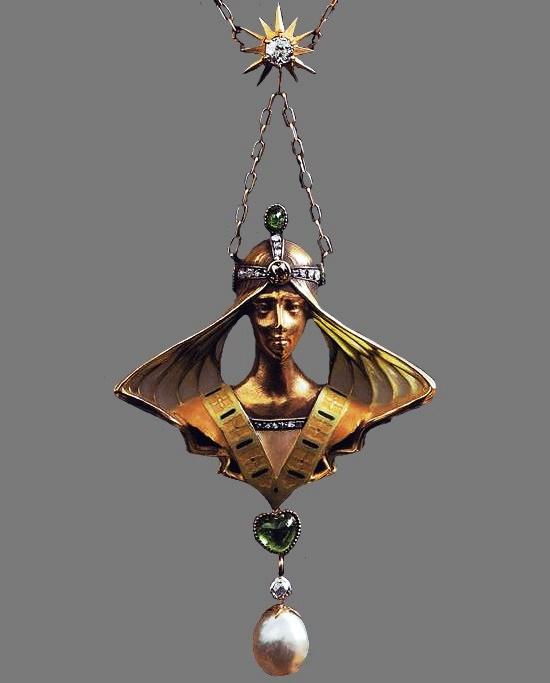 Art Nouveau maiden gold pendant