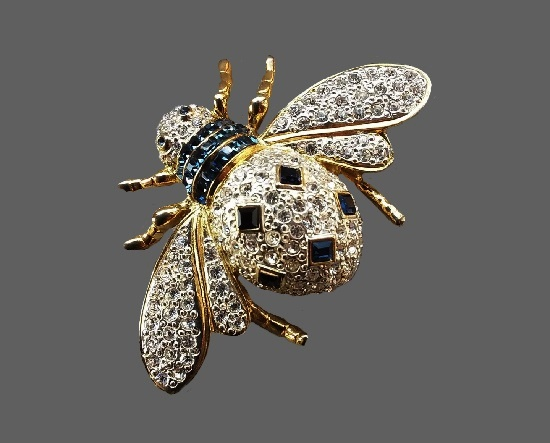 Bee brooch. Gold tone alloy, rhinestones. 6 cm. 1980s