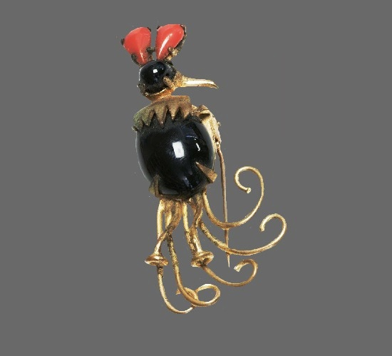 Bird rooster pin brooch. Gold tone metal alloy, red and black glass. 1940s