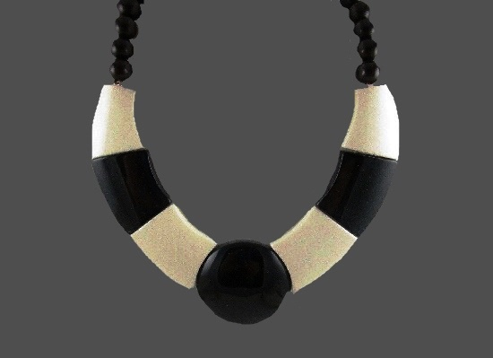 Black and white bakelite necklace