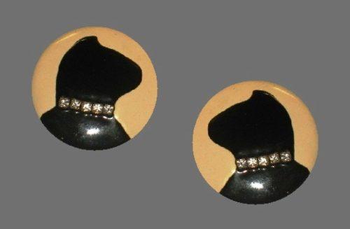 Black cat round shaped earrings. Enamel, rhinestones
