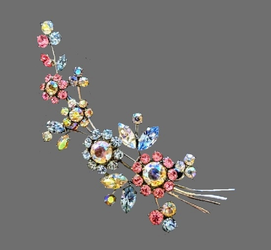 Bouquet of flowers multicolor crystal brooch. 1950s