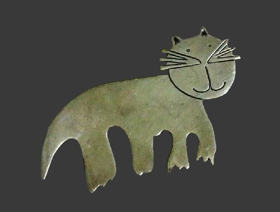 Cat pin. Sterling silver