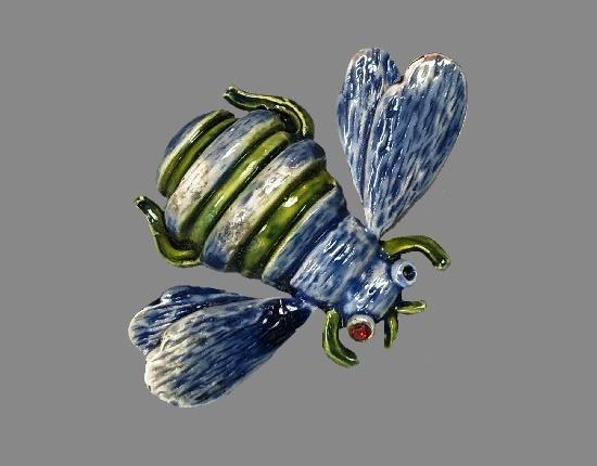 Enameled bee brooch