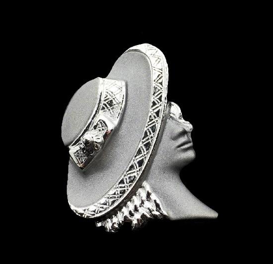 Fashionista Face Profile brooch of silver tone