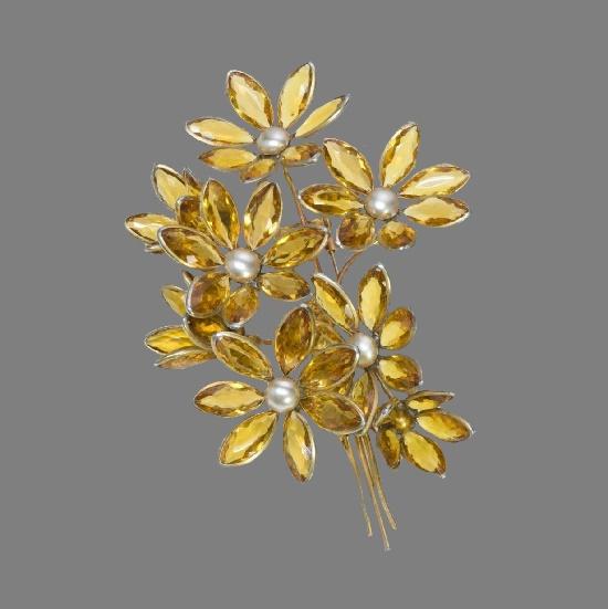 Faux Citrine Crystal Pearl Flower Brooch. 1950s