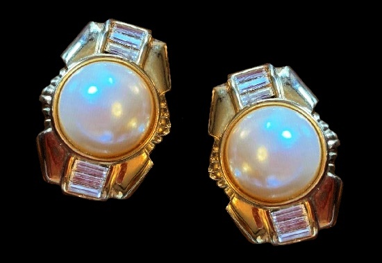 Faux pearl rhinestones gold tone clip on earrings
