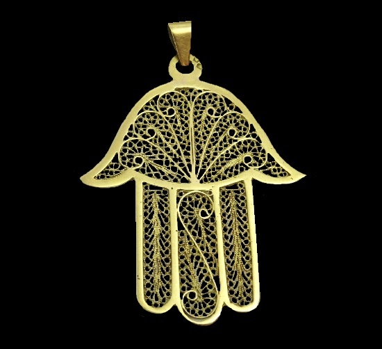 Filigree 18 K gold pendant made in Morocco