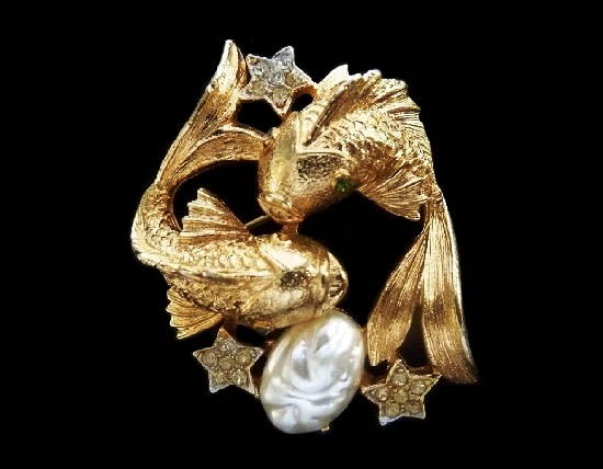Fish gold tone brooch, 1950s