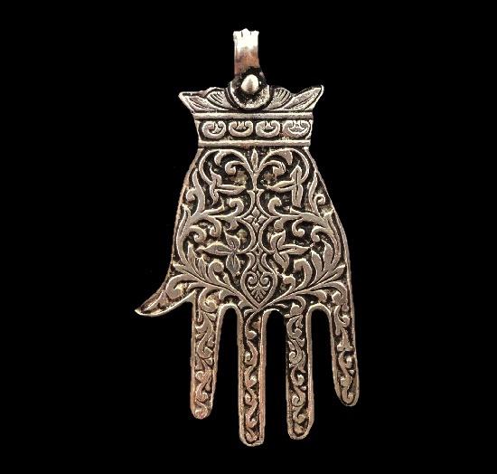 Floral texture Moroccan handmade silver hamsa pendant