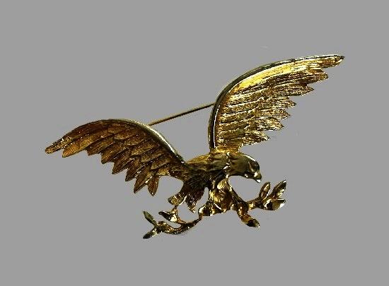 Golden eagle brooch