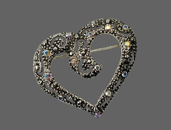 Gorgeous heart brooch. Silver tone, multicolor rhinestones
