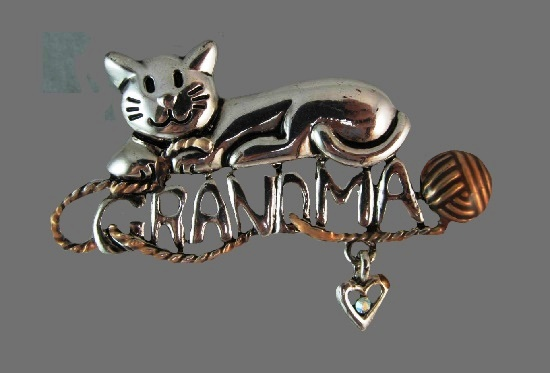 Grandma cute cat brooch pin. Gold and silver tone, rhinestones