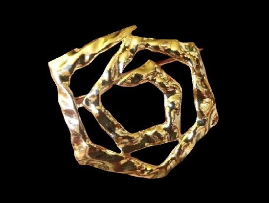 Hammered Spiral gold tone brooch