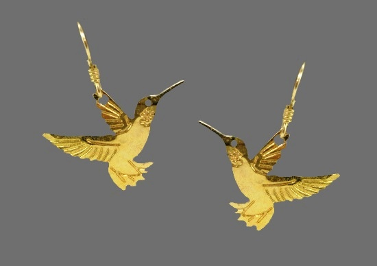 Humming bird earrings. Gold plated