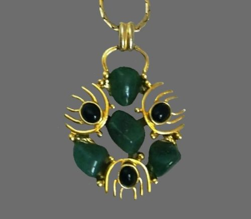 Jade and onyx gold tone pendant