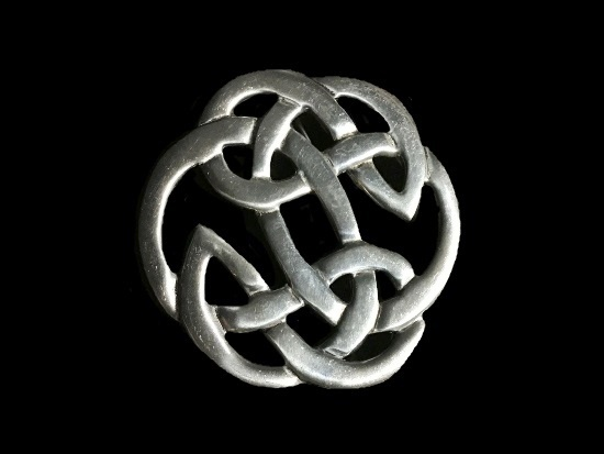 Knot Celtic design pewter brooch