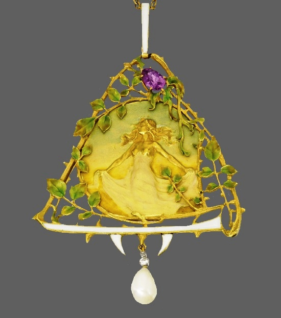 Maiden with outstretched arms pendant. 18 Karat Gold, enamel, pink sapphire, natural pearl, rose-cut diamonds, green, white and yellow enamel. Lucien Gautrait, Maison Gariod. Circa 1900