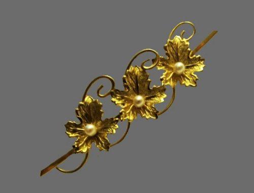 Maple leaf bar brooch. Gold filled, faux pearls