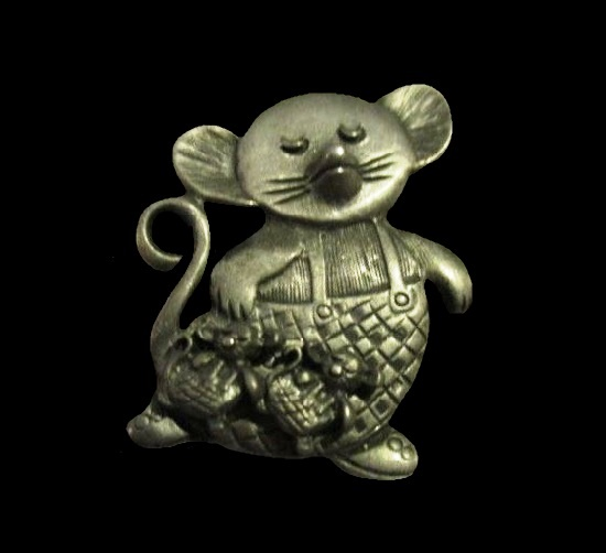 Mouse All in One set of jewelry - brooch, earrings and necklace. Genuine pewter box