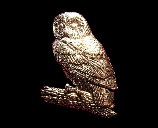 Owl pewter badge brooch