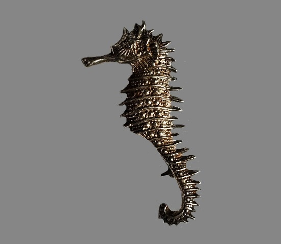 Seahorse 925 sterling silver brooch