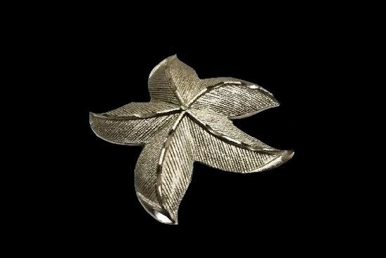 Starfish silver tone brooch