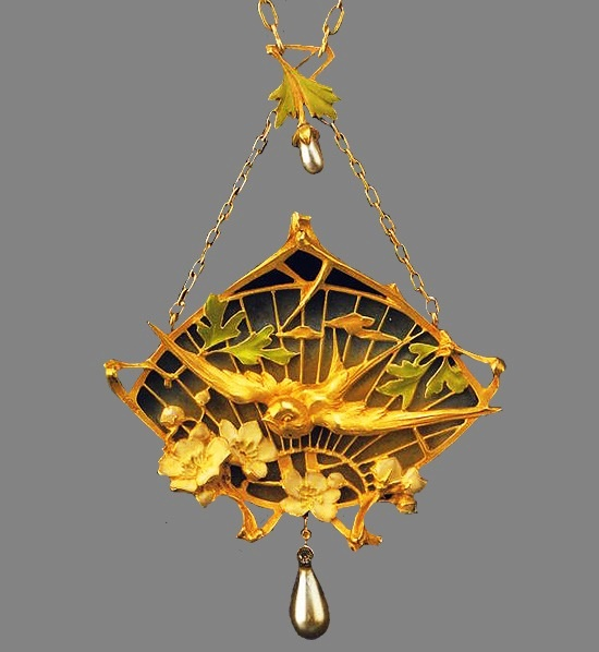 Swallow pendant. Gold, enamel, natural pearl. Circa 1900