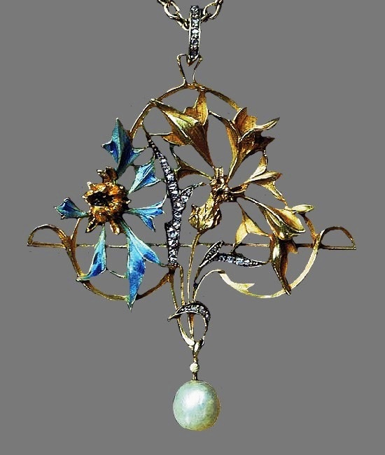 Thistle pendant. Gold, diamonds, enamel, pearl