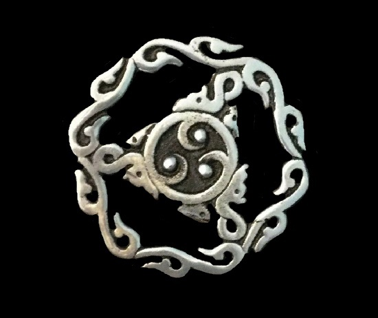 Thistle Celtic design handcrafted pewter brooch