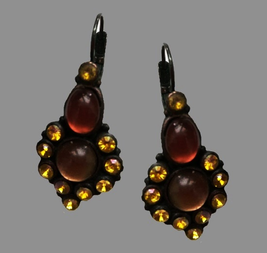 Vintage earrings. Black tone jewelry alloy, glass cabochons, Swarovski crystals. 4 cm. 1990s